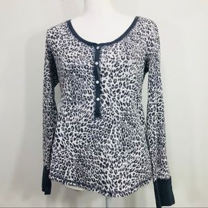 VICTORIA'S SECRET pajama top Animal Print Sz M